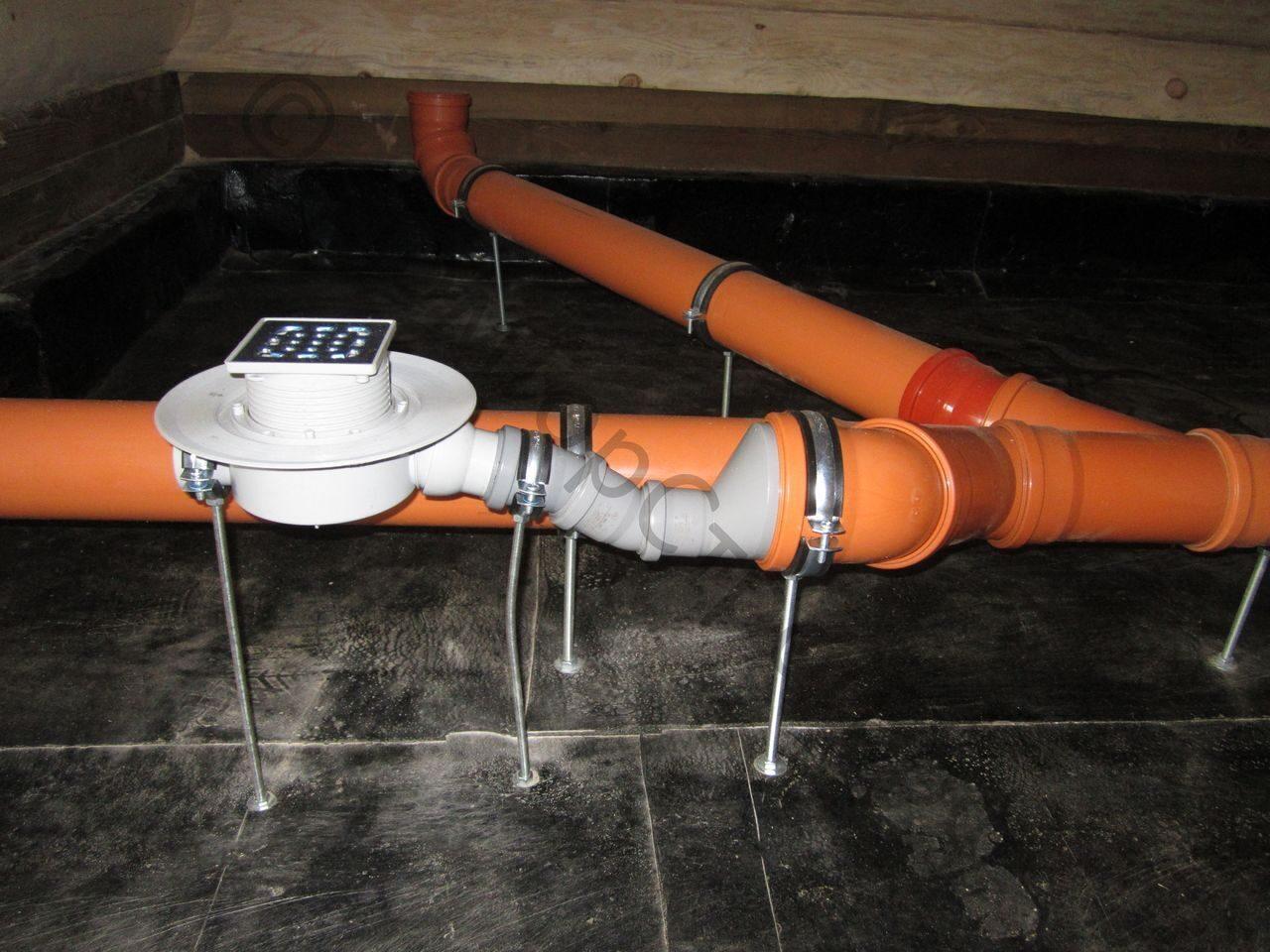 Слив или подача воды в бане зимой 53